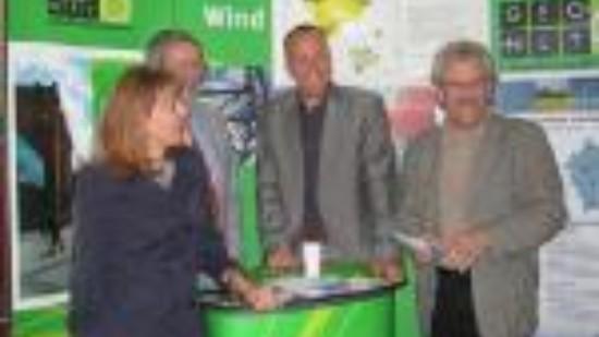 Bild von Edelgard Bulmahn bei einem Treffen der SPD-Bundestaggsfraktion vor Ort zum Thema Klimawandel